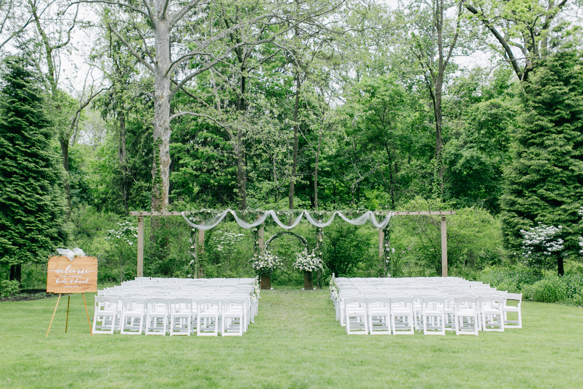 wedding ceremony at Antony Wayne House