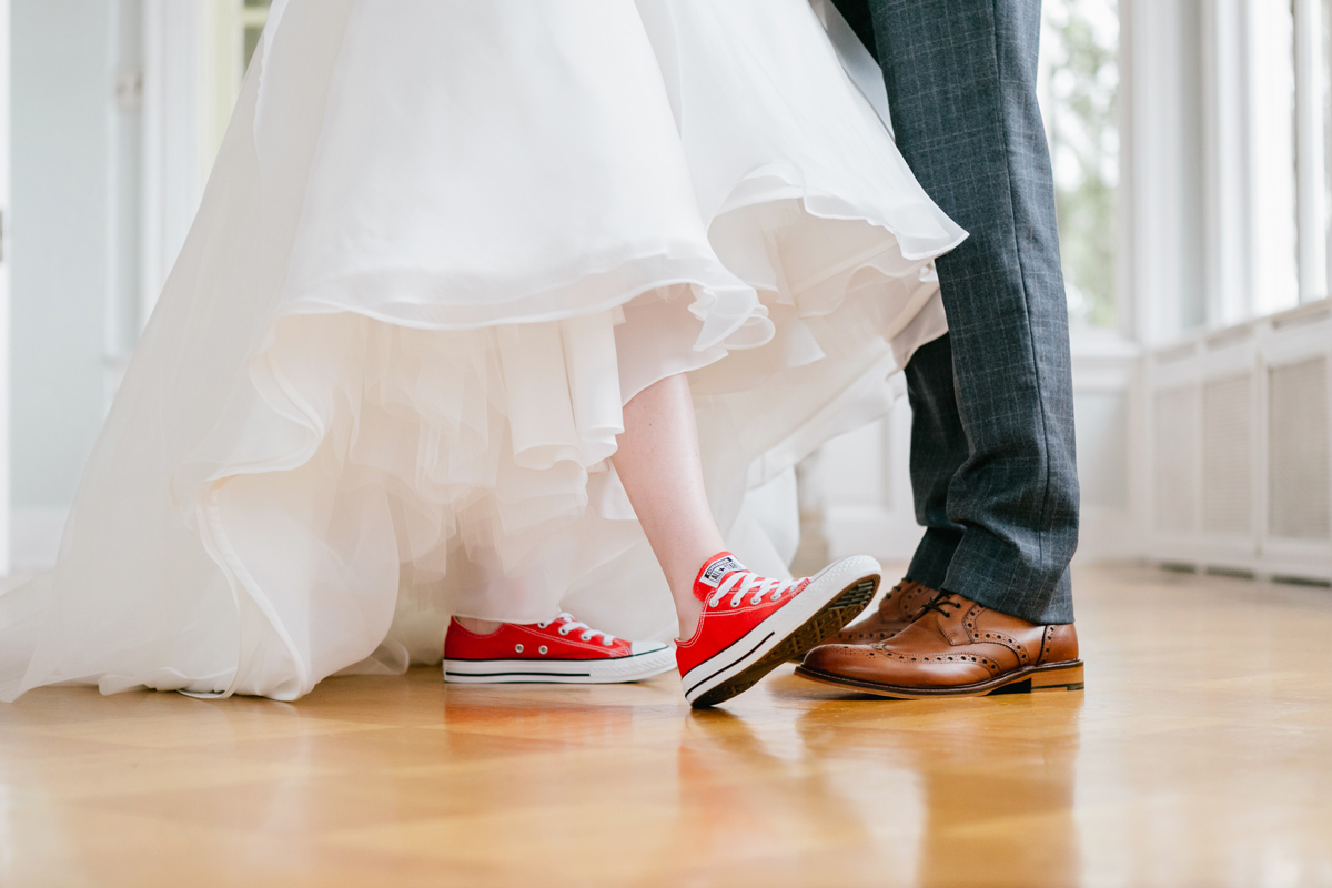 bride-groom-converse