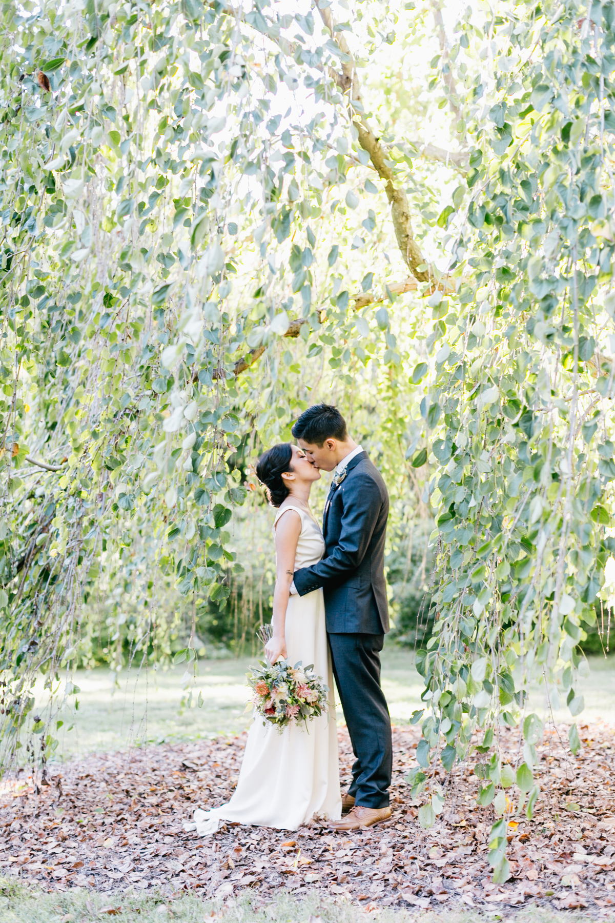 Romantic Morris Arboretum Wedding | Philadelphia Wedding Photographer | Emily Wren