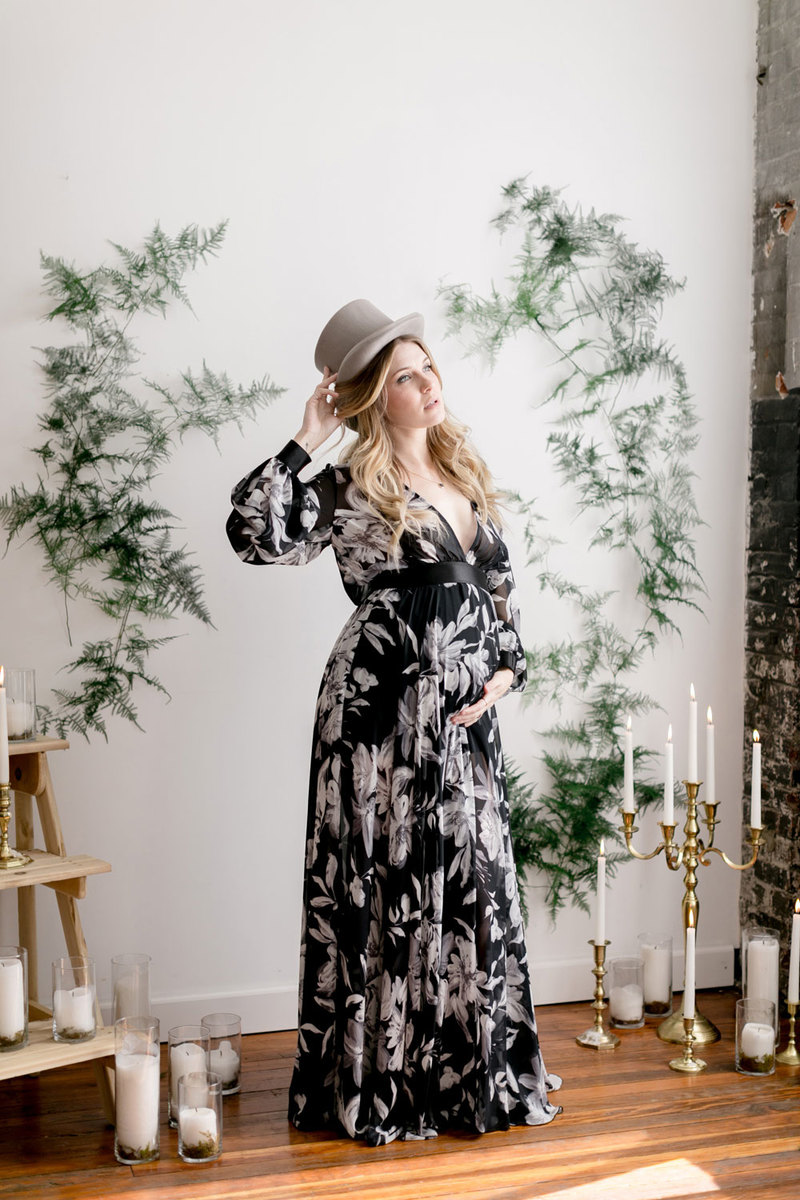 Pregnant Maternity Session by Emily Wren Photography