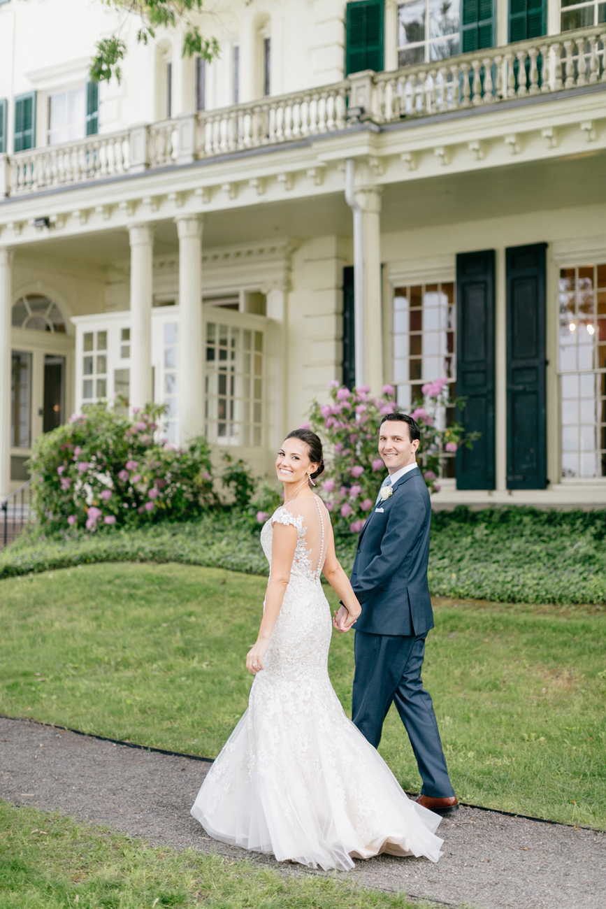 The Perfect Summer Garden Party Wedding At Glen Fored On Th Delaware Emily Wren Photography 84