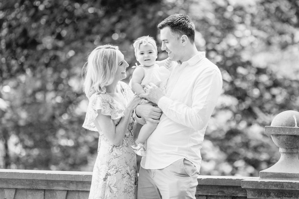 Emma One Year Family Session Ridley Creek Parque Emily Wren Photography 08a