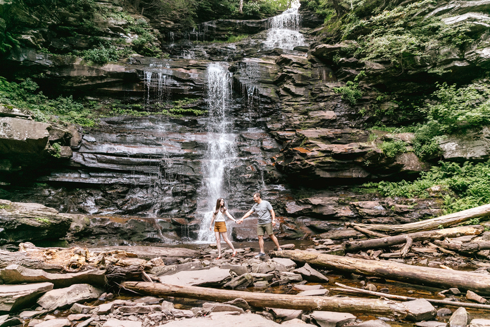 071 Emily Wren Photography Rustic Outdoorsy Engagement